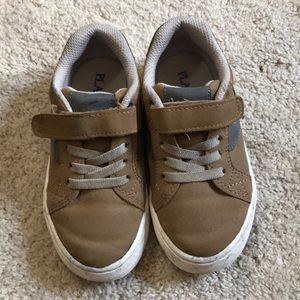 Boys size 10 shoes